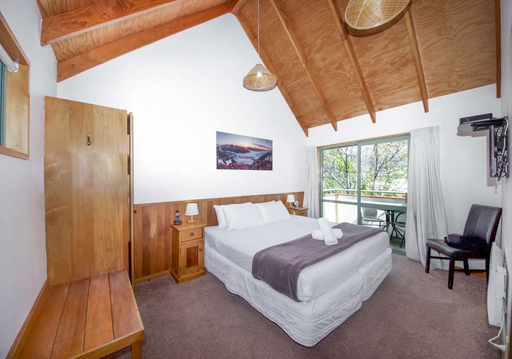 Te Wanaka Lodge Accommodation